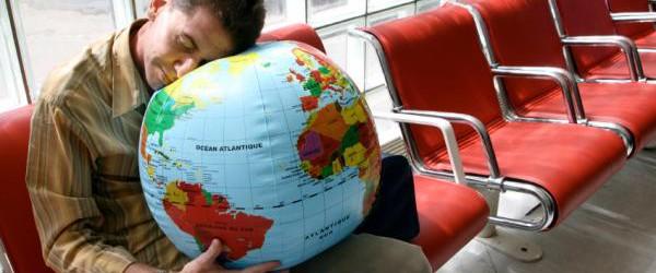 Que el jet lag no arruine tus vacaciones. Imagen: www.clasf.es